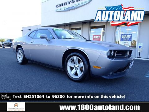 Certified Pre-Owned 2014 Dodge Challenger SXT RWD 2dr Car