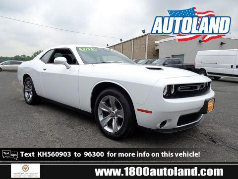 Certified Pre-Owned 2019 Dodge Challenger SXT RWD 2dr Car