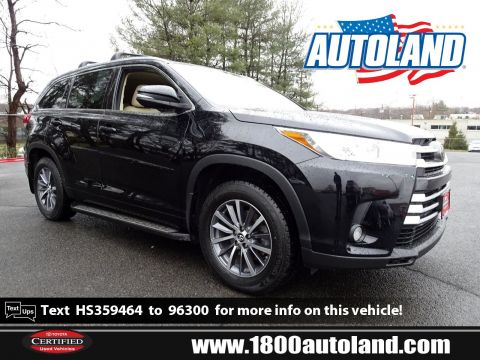 Pre-Owned 2017 Toyota Highlander XLE AWD Sport Utility