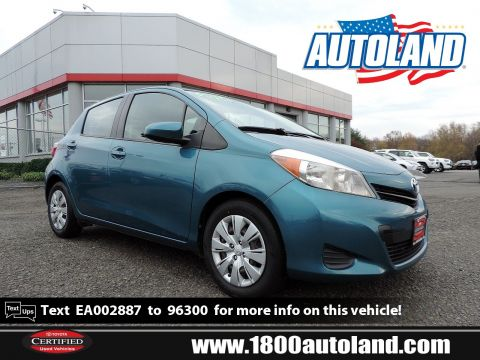 Pre-Owned 2014 Toyota Yaris LE FWD Hatchback